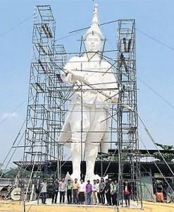 Monument 7 koningen model koning Narai