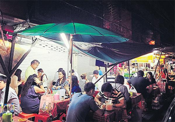 Straatverkopers noodle shop