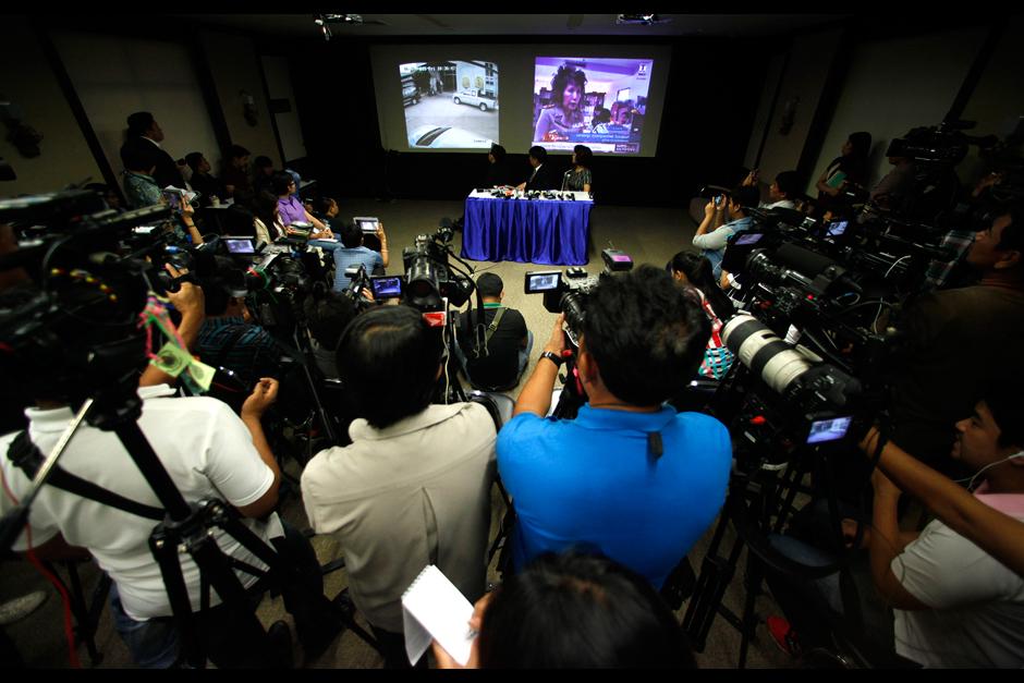 Persconferenie familie Chuwong