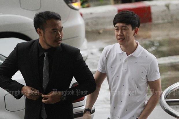 Akarakit Benz Racing Worarojcharoendet (right) and his lawyer Sitthichok Treenet