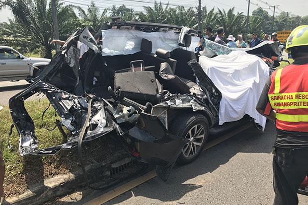Botsing in Krabi tussen personenauto en vrachtwagen