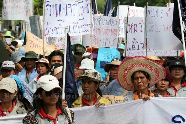 Demonstratie tegen sluiting kledingfabriek