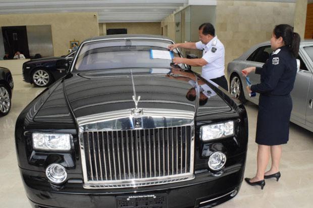 Rolls-Royce in beslag genomen