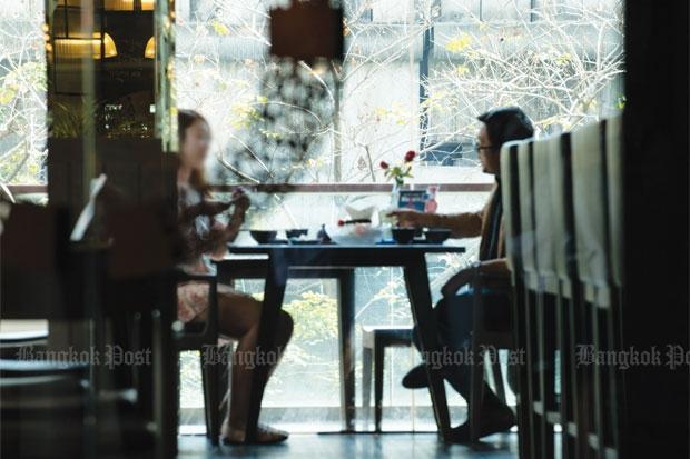 Vriendin te huur lunch met klant
