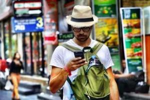 Toerist met mobieltje