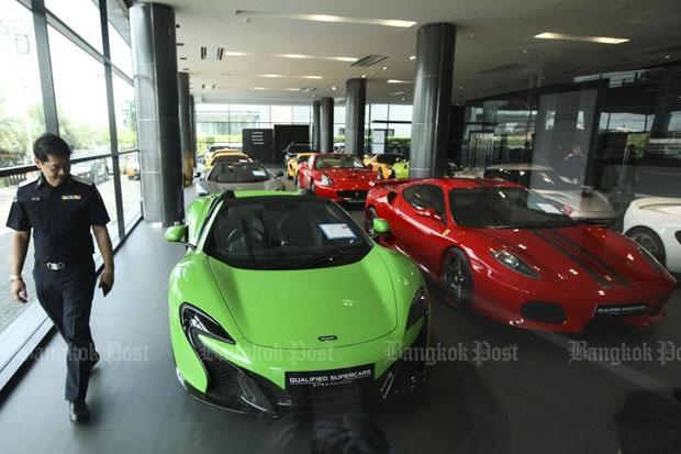 Luxe wagens showroom Niche Cars Group