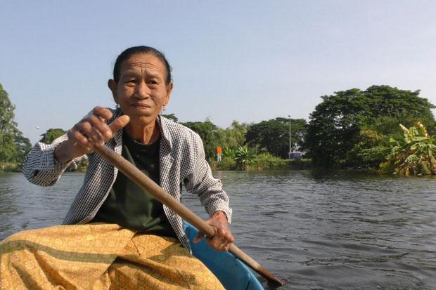 De wateroverlast in Sapphaya (Nakhon Sawan) duurt al een maand