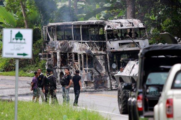 Uitgebrande bus