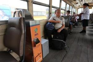 Wisselautomaat in BMTA-bus.